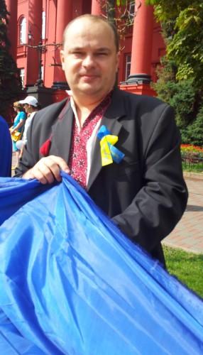 На фото В. Гладчук на мітингу проти закону Журавського 1 жовтня 2012 року